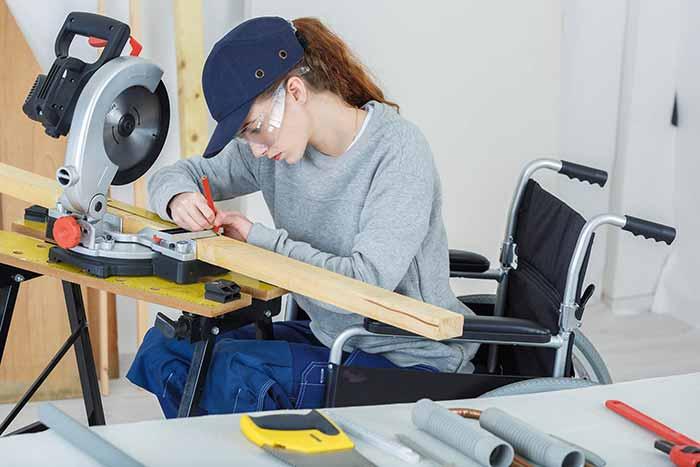 handicap-fauteuil-charpentier-travail-epi-vie-travail